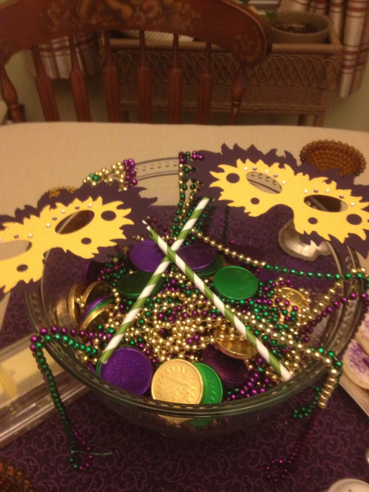 13 Best Mardi Gras Centerpieces Images On Pinterest