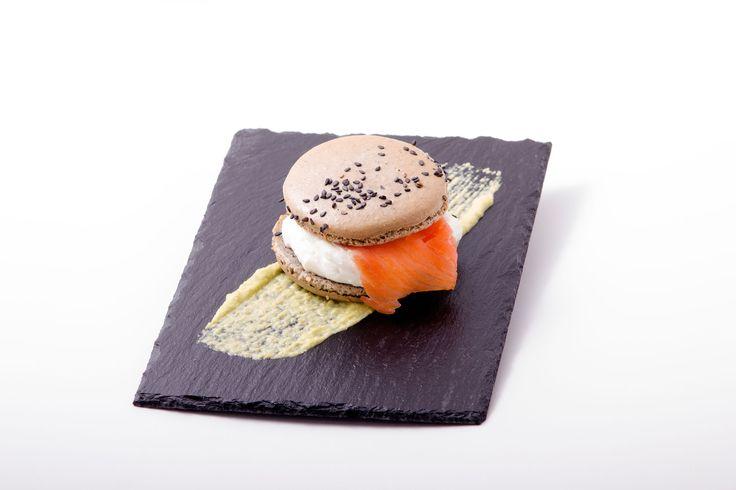 Macaron de salmón ahumado y queso del Cebreiro Local: Oído Cocina!  Finalista Tapas Creativas Concurso de Tapas Picadillo 2015. A Coruña
