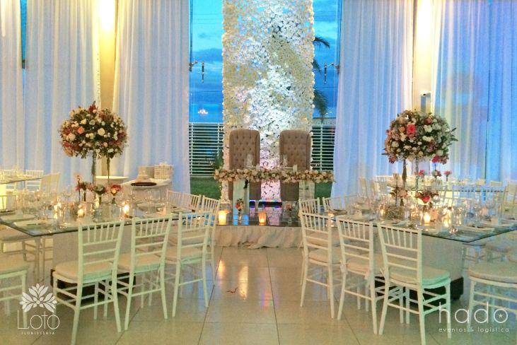 Mesa de novios. Decoración boda. Pure romance. hado eventos