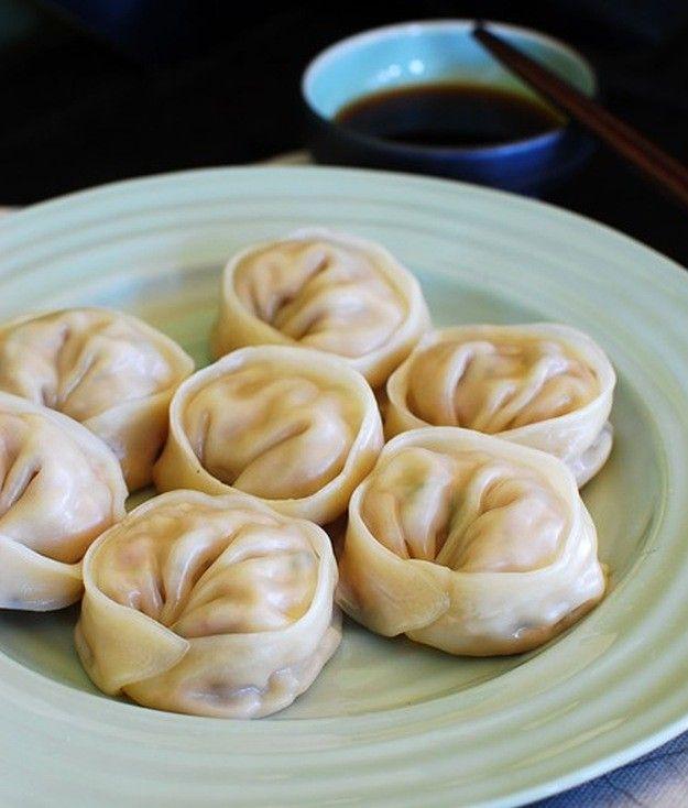 Korean Dumplings | 15 Easy Korean Recipes Perfect For Cold Evening | https://homemaderecipes.com/easy-korean-recipes/