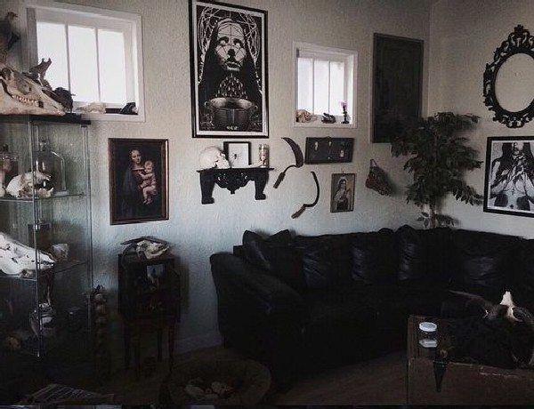 25 Amazing Gothic Living Room Design And Decorating Ideas Black Living Room Black Sofa Living Room Decor Black Furniture Living Room