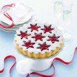 La morbidezza e il profumo delle pere cotte nel vino rosso danno un tocco delizioso a questa torta: prova la ricetta Sale&Pepe.