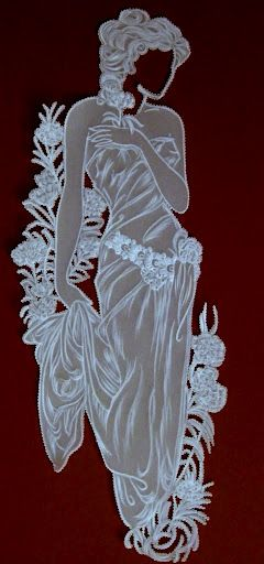Une femme réalisée grâce au Pergamano. Pergamano, Parchment Craft, Dentelle de papier.