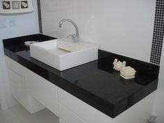 pedra de granito para banheiro na cor preta
