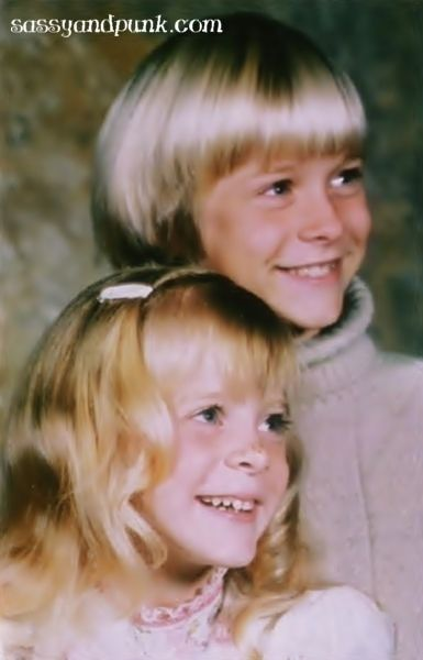 Kurt Cobain with sister Kim.