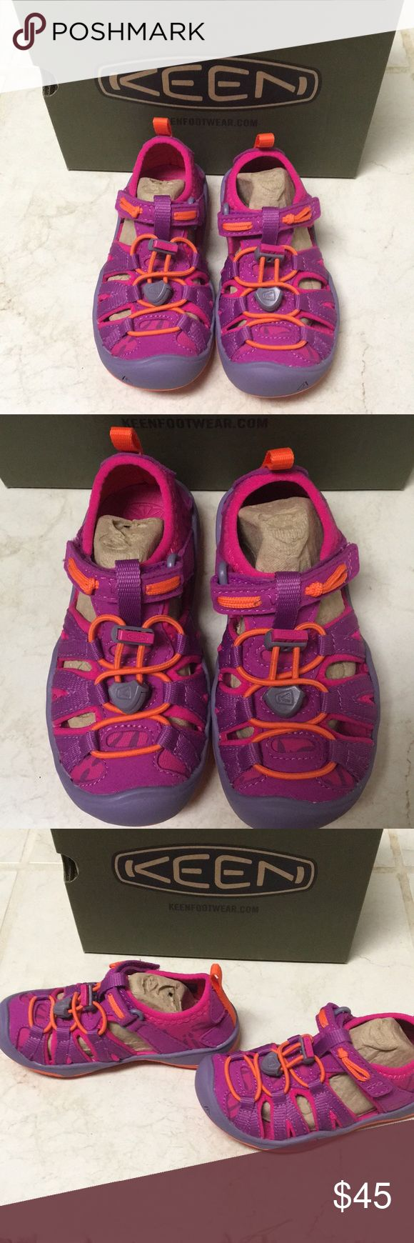 NWT Keen Toddler water shoes Keen Toddler Girl water shoes.  These are perfect for splash parks, the beach, water parks, and wading in creeks, and other fun water play for kids.  The style is moxie sandal.  Size 8 toddler.  NWT. Smoke free pet free home. Keen Shoes Water Shoes