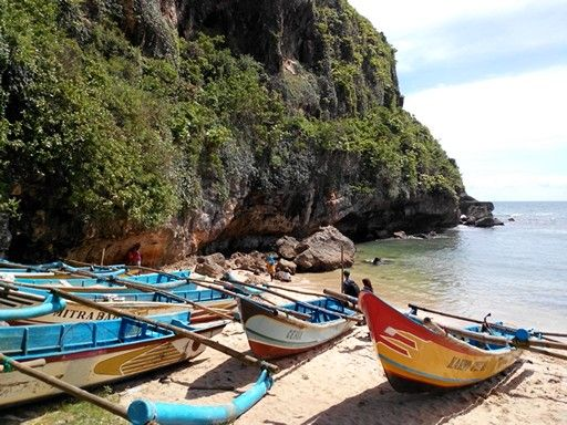 Pantai Drini, Yogya.