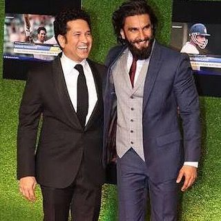 Happy birthday, @ranveersingh! Keep up your infectious energy and never let it die! My best wishes!