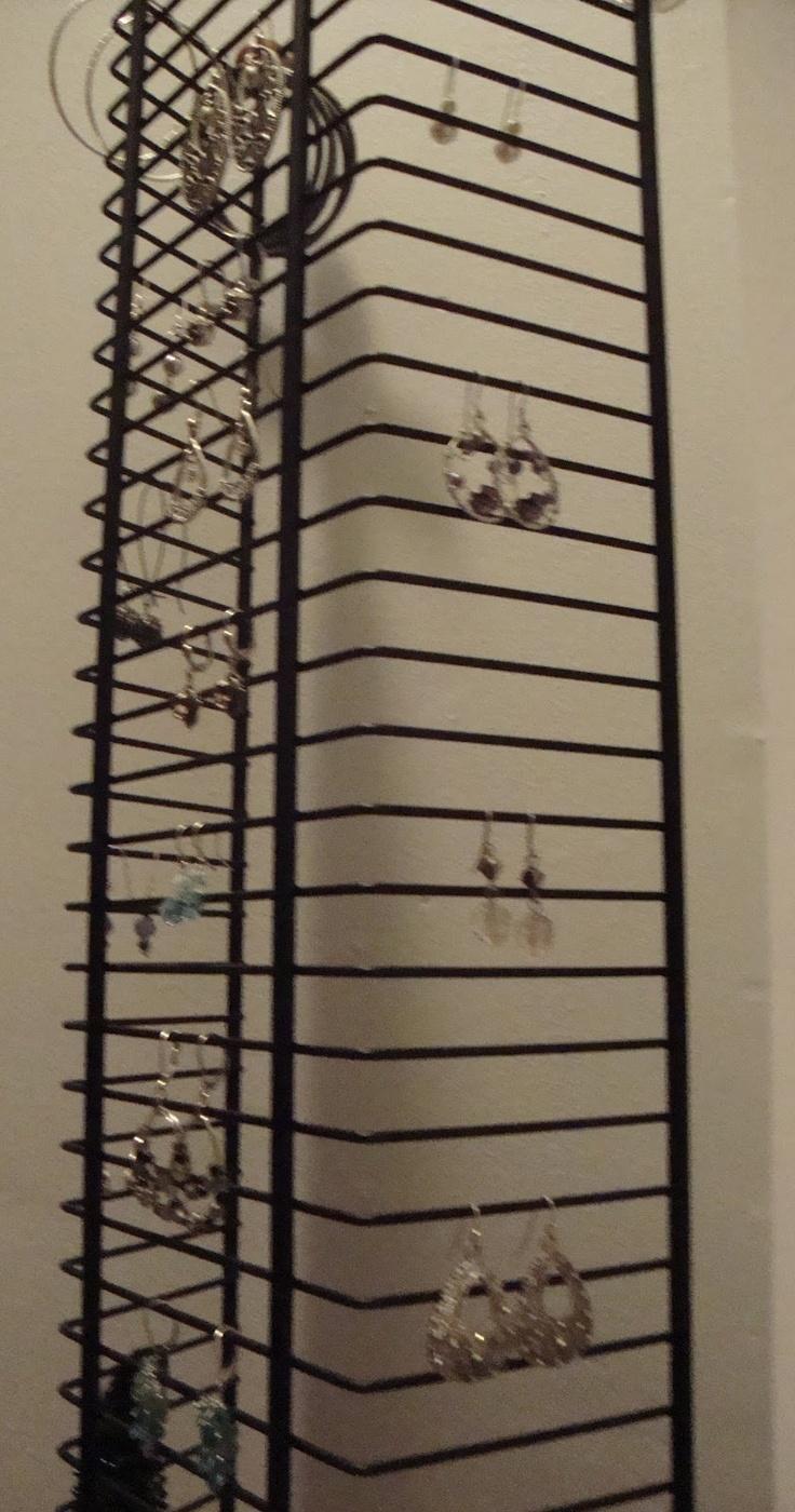 185 best diy jewelry displays images on pinterest jewelry earring organizer jewelry organizationjewelry storageorganization ideasdiy solutioingenieria Images
