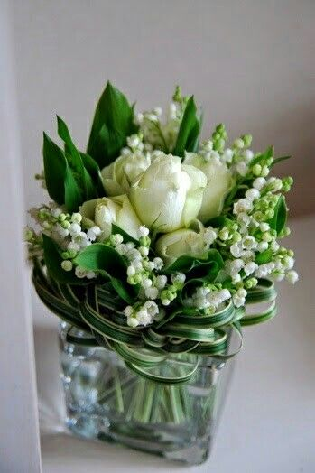Bouquet - simple and sweet with roses and lily of the valley