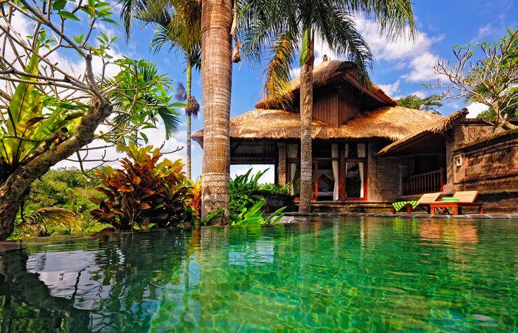 Плюси і мінуси життя на Балі