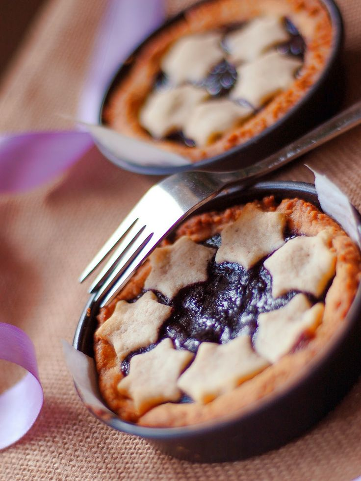 Cooking Sara: Crostatine rustiche ai mirtilli - Walnut tart with blueberries