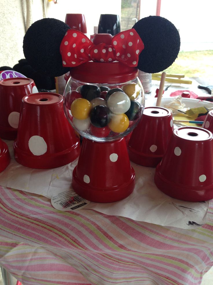 Minnie mouse themed birthday party gumball machines as