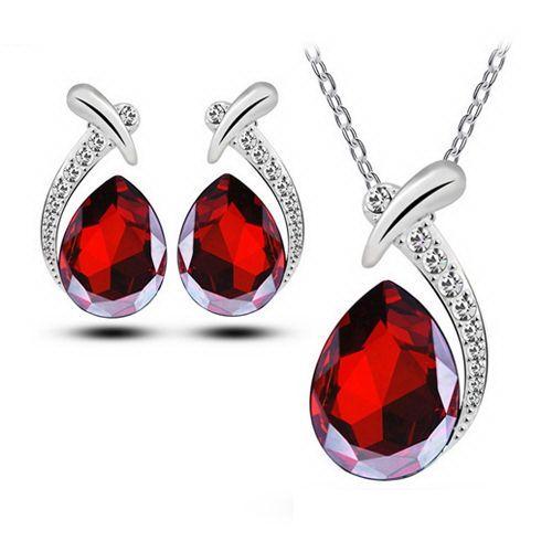 a9d7ca899 Piros könnycsepp Swarovski kristály ékszer szett | Accesoire