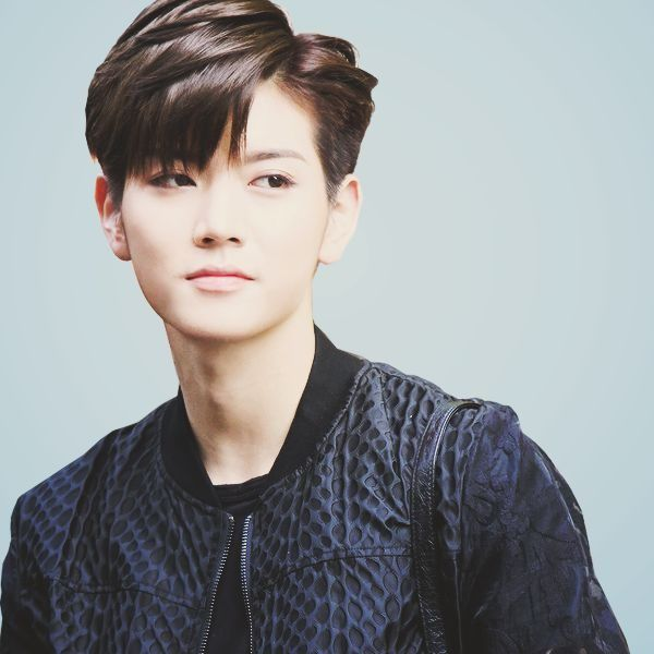 63 Korean Hairstyles For Men And Boys In Style For 2020 Long Hair Styles Korean Men Hairstyle Korean Hairstyle