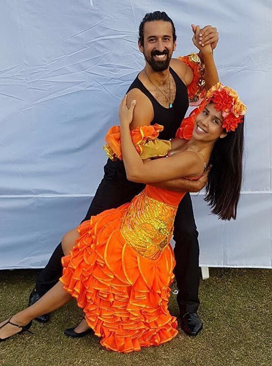 WE L❤️VE MONDAYS!! Whoever said they hate Mondays clearly haven't been to a Cuban salsa class! 💃🏾😃Rid the Monday blues and let the endorphins flow😁💃🏾🕺🏾💚Join us tonight and every Monday for Cuban salsa! . . 🇨🇺630-730pm: beginners Cuban salsa beginners . 🇨🇺730-830pm: Cuban salsa intermediate 🇨🇺830-930pm: intermediate/rueda de casino . 🇨🇺your first class with us is FREE! 😎 . 🇨🇺Encounter Byron, 1 Acacia St, Byron Bay . . #ilovemondays