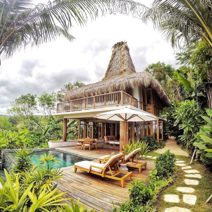 """""""This is the famous resort in Sumba-- also in the world: Nihiwatu Resort. It's a five star eco-retreat, absorbing Sumbanese culture. It's also well-known…"""""""