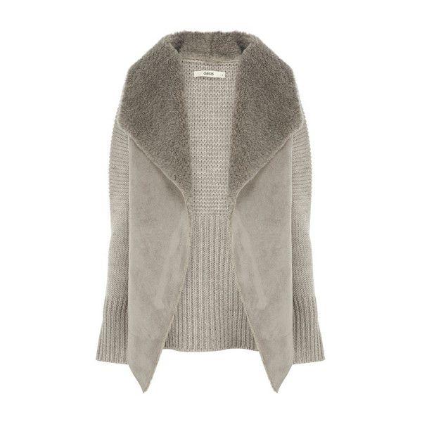 Kleider von Oasis online kaufen   Grau Lammfell-Cardigan mit... ($59) ❤ liked on Polyvore featuring tops, cardigans, coats, brown top, brown cardigan and cardigan top