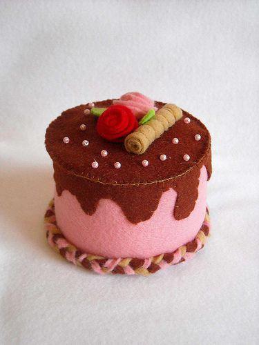 Felt Cake - for inspiration - no pattern