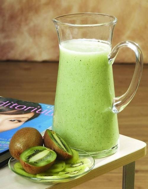 Kiwi fruit smoothie | Recipes n succhh | Pinterest