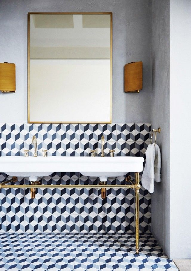 Retro bathroom with dove gray walls and cubic tile