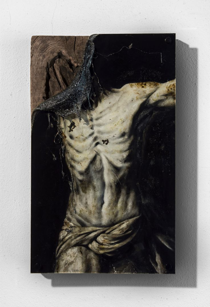 Lir Tasho - Torse d'Homme #2, (L'Inconnu), 2015, oil painting and PMMA mounted on wood, 31 x 50 x 10 cm