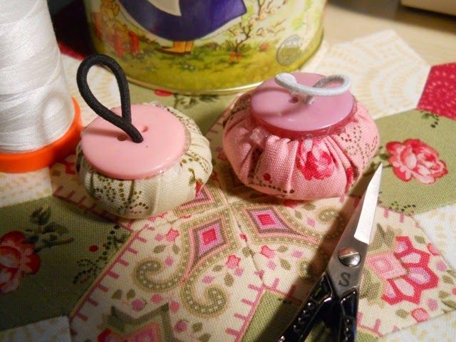 Sew and Sow Farm: Ring Pincushion Tutorial