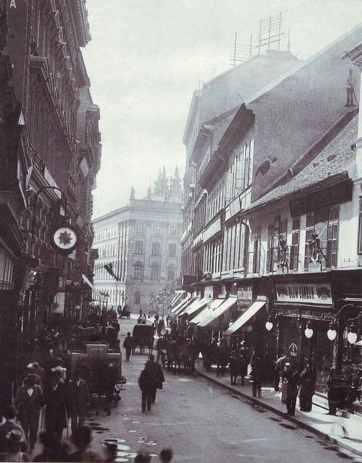 1890-es évek. Vácii utca.