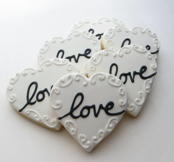 Love Heart cookie favors decorated for a Wedding, Bridal shower or ...