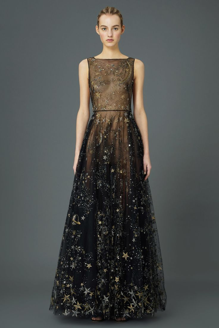 If I ever had an occasion in which I could wear this dress, my life will have been made. Absolutely amazing. Valentino Pre-Fall 2015 Fashion Show