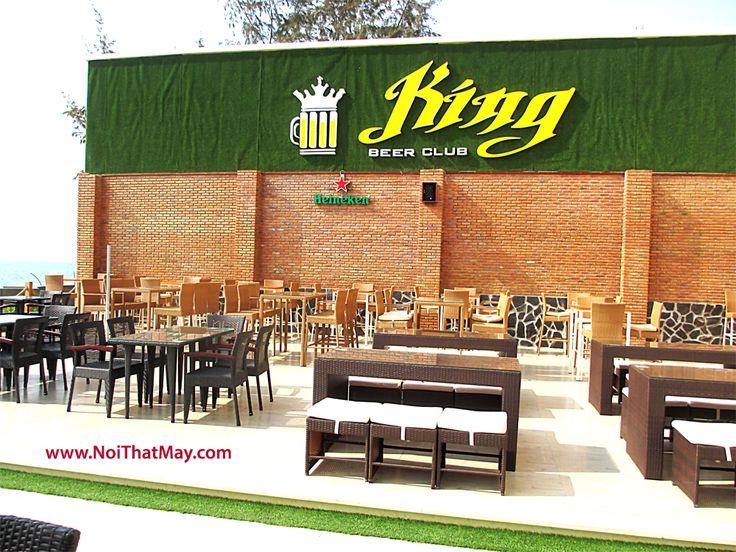 Bàn ghế cafe được sản xuất bằng khung nhôm do Công Ty Minh Thy sản xuất và cung cấp cho King Beer Club Phan Rang. vì bàn ghế giả mây được làm bằng khung nhôm nên chịu thời tiết khắc nghiệt của gió biển không bị gỉ sét.