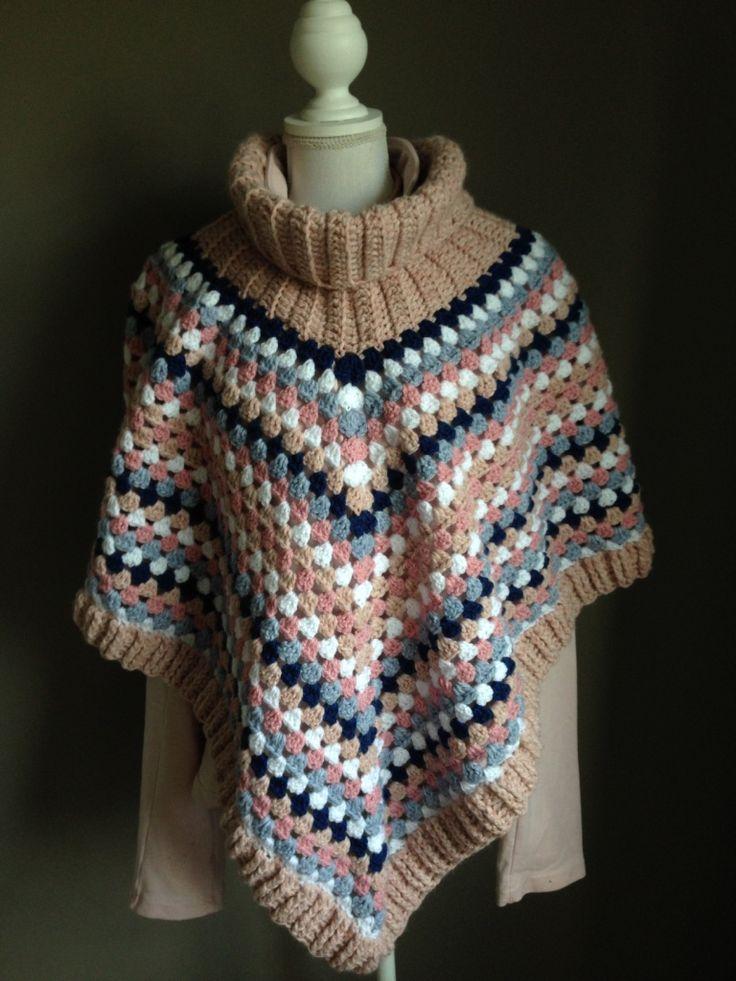 Dochterlief is zwanger en draagt graag poncho's omdat jassen steeds moeilijker dicht gaan. Ze heeft haar voorkeur aan kleuren van wol aangegeven en ik ben aan