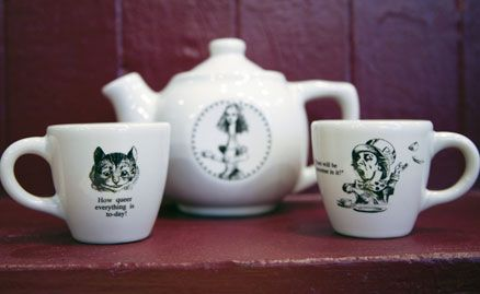 Alice in wonderland dinnerware alice in wonderland dishes for Fishs eddy dinnerware