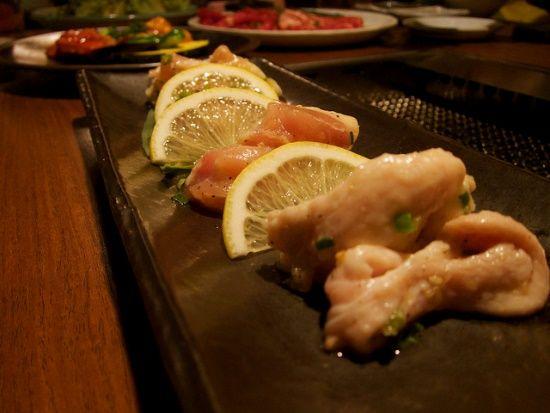 Restoran yakiniku halal di Jepang, restoran makanan halal di Jepang, panduan wisata muslim ke Jepang, apakah makanan Jepang halal