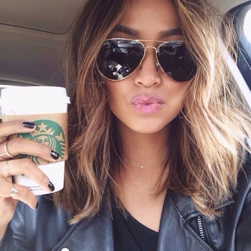 Chic medium ombre wavy bob hairstyle for thick hair