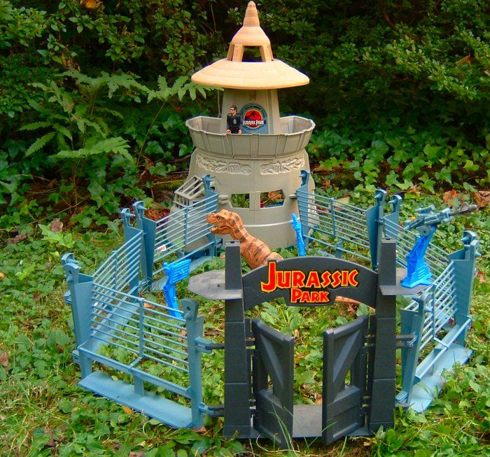 Jurassic Park toys      JP/JW toys would be great to have in a walk in garden so it would be like having your own Jurassic Park!