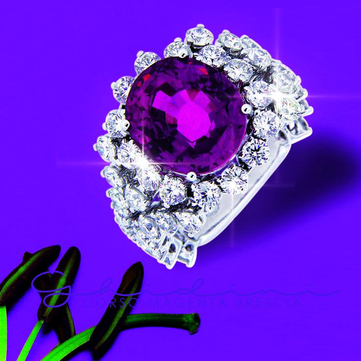 anello con zaffiro rosa e diamanti #pinksaffire #diamond #ring #gift #ghidinigioielli #madeinitalyjewels #heritage #hautecouture #fashion #madeinitaly #ghidinigioielli #brescia #bresciacentro