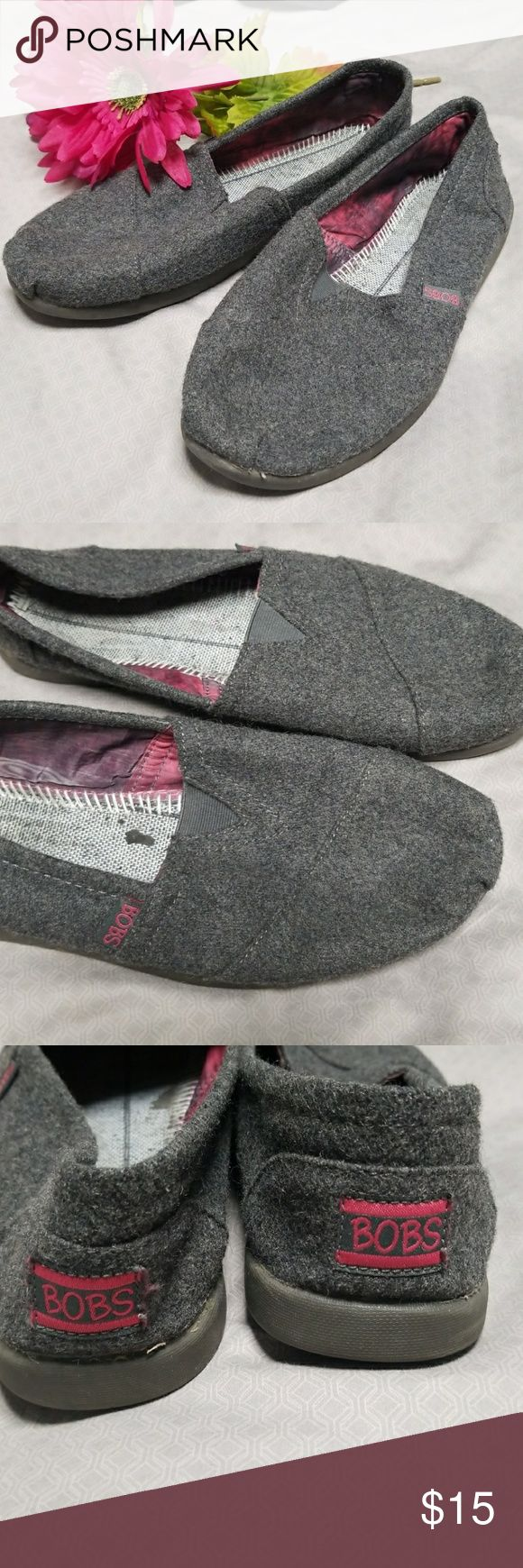 Gray BOBs shoes (sketches version of TOMs) Gray felt looking BOBs shoes. I took the insoles out, but you can use any store bought insole or leave as is.  Great condition. Very comfortable.  ✖From a smoke free home and  🛍Bundle with at least one other item for a discount Skechers Shoes