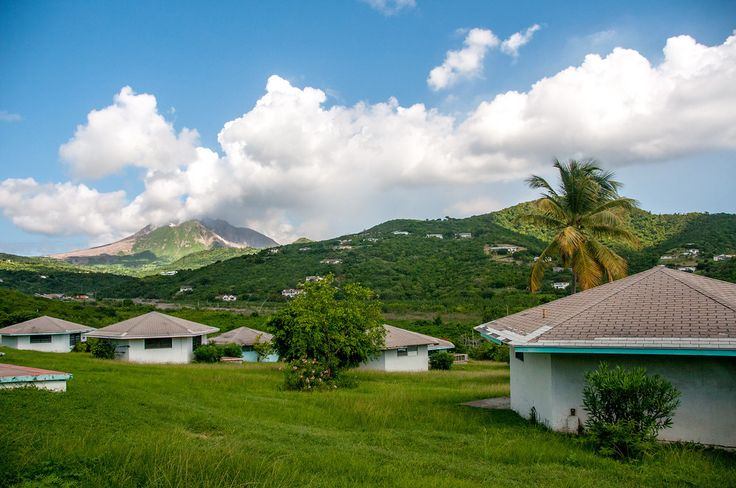 an oveview of the montserrat in the caribbean island Maggie o'sullivan offers essential advice on where to eat and sleep on the caribbean island of montserrat.