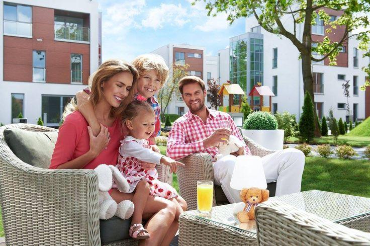Przed Nami wypoczynek i majówki. Życzymy wam słońca i rodzinnej atmosfery. Relaks w Cocoonie czy wypoczynek na Maderze ? 🌞