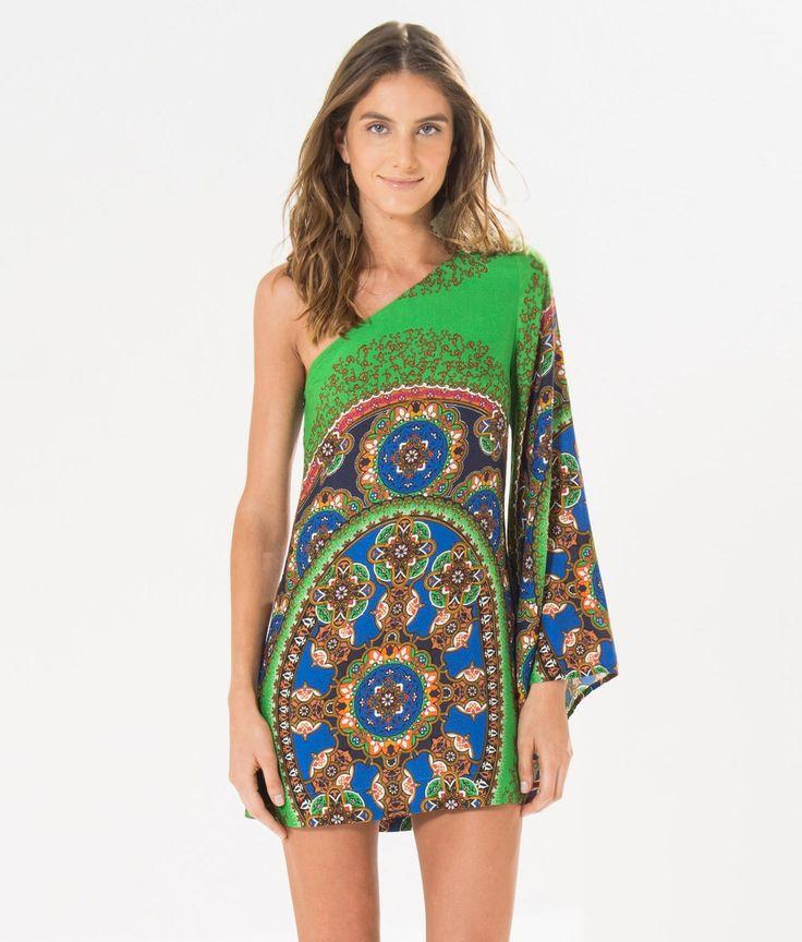 http://www.farmrio.com.br/shop/farmrio/br/produto/vestido-ombro-so-cairo-oval/_/A-238863_3153.ptbr.farmrio