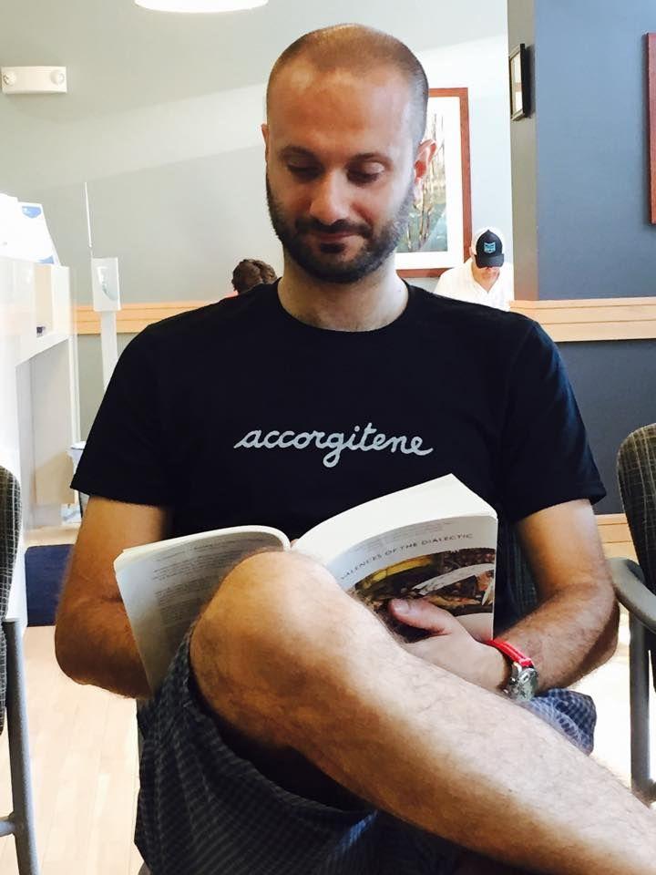 My friend Mauro... https://www.brown.edu/academics/modern-culture-and-media/mauro-resmini  #mauroresmini #accorgitene #brownuniversity #tshirt
