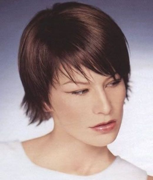 Short haircuts for long face | short gair styles for long faces
