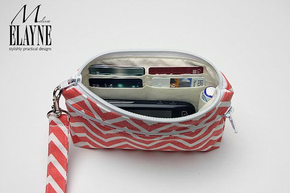 Large  Wristlet Wallet Cell Phone Clutch with por MelissaElayne