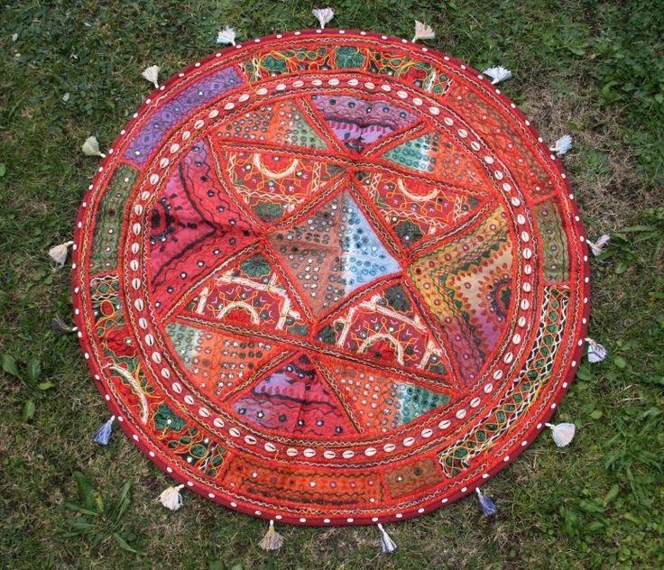 Vintage bestickter Patchwork Wandbehang, runde Tischdecke, Sitzsackbezug, ethno, bunt, handbestickt von TheShantiHome auf Etsy