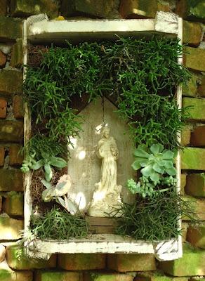 Oratório de plantas (http://lacalleflorida.blogspot.com.br)