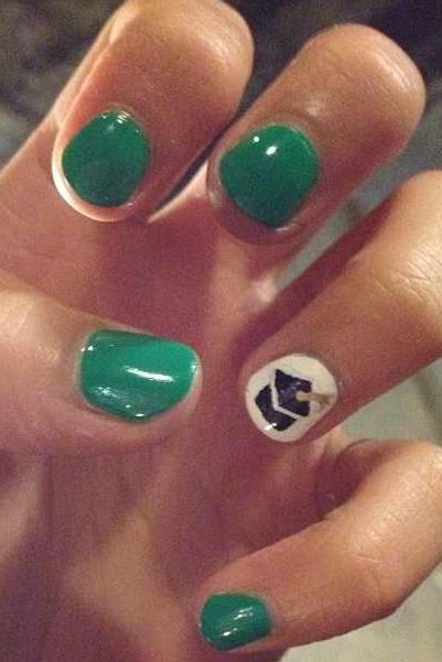 10 best grad nails images on pinterest fingernail designs nail totally doing this but maroon instead of green and the graduation cap on my thumb instead more room prinsesfo Image collections