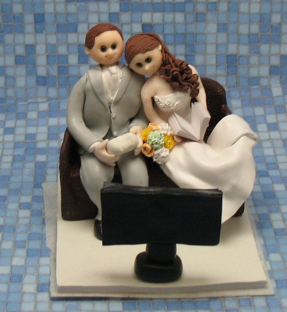 Wedding Cake Topper Video Theme