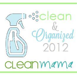 Clean + Organized – How To Make a Homekeeping Binder