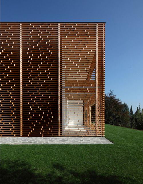 Lake Como House with amazing wooden facade